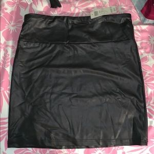 Arden B. Pleather skirt